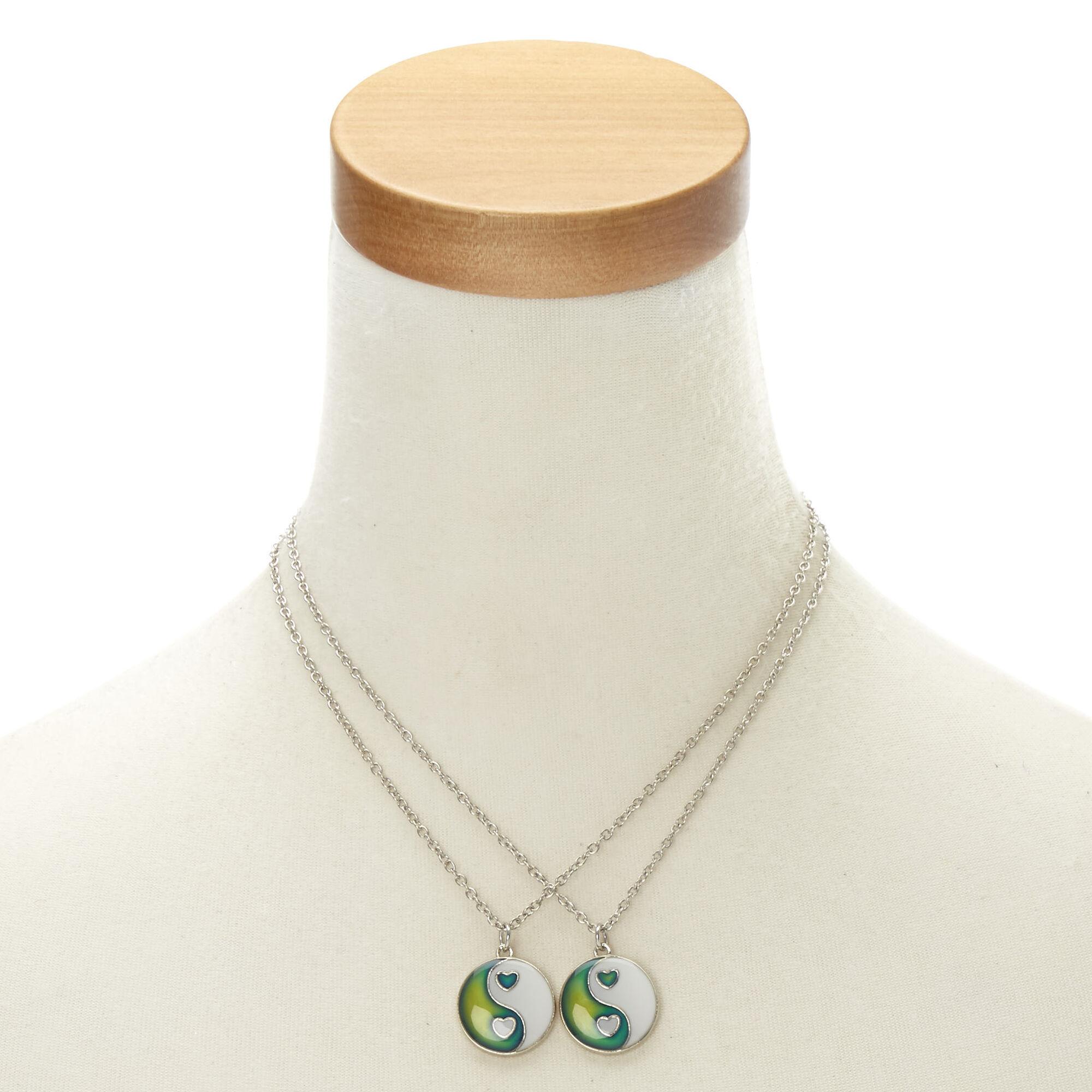 Set The Mood For Everything: Yin Yang Mood Necklace Set