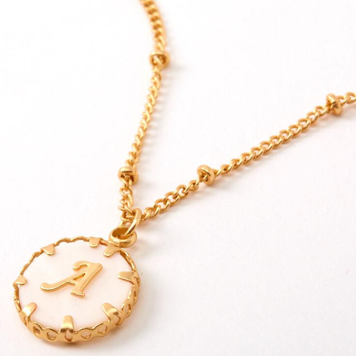 Collier à pendentif initiale avec coquillage couleur dorée - A,