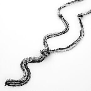 Long collier style corde nouée en métaux mixtes,