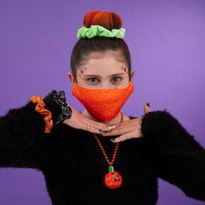 Perfect Pumpkin Face Mask Look,