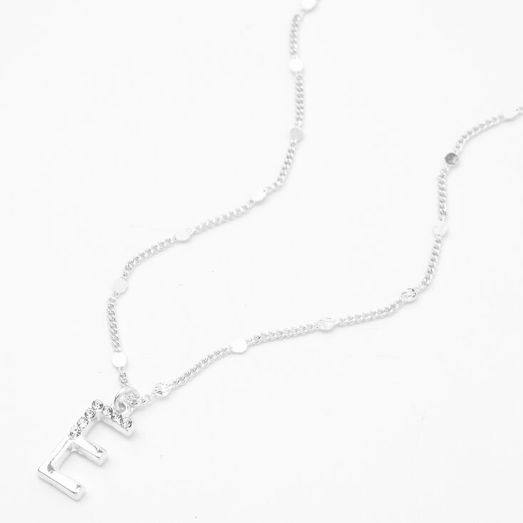 Collier à pendentif initiale moitié ornée de strass couleur argentée - E,