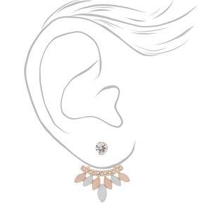 Boucles d'oreilles inversées rose tendre,