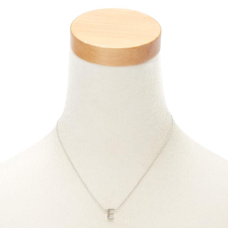 Collier à pendentif initiale avec strass couleur argentée - E,