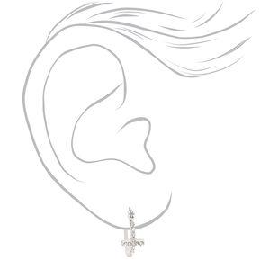 Anneaux d'oreilles croix ornementés 15mm couleur argentée,