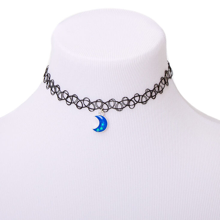 Crescent Moon Glow In The Dark Tattoo Choker Necklace - Blue,
