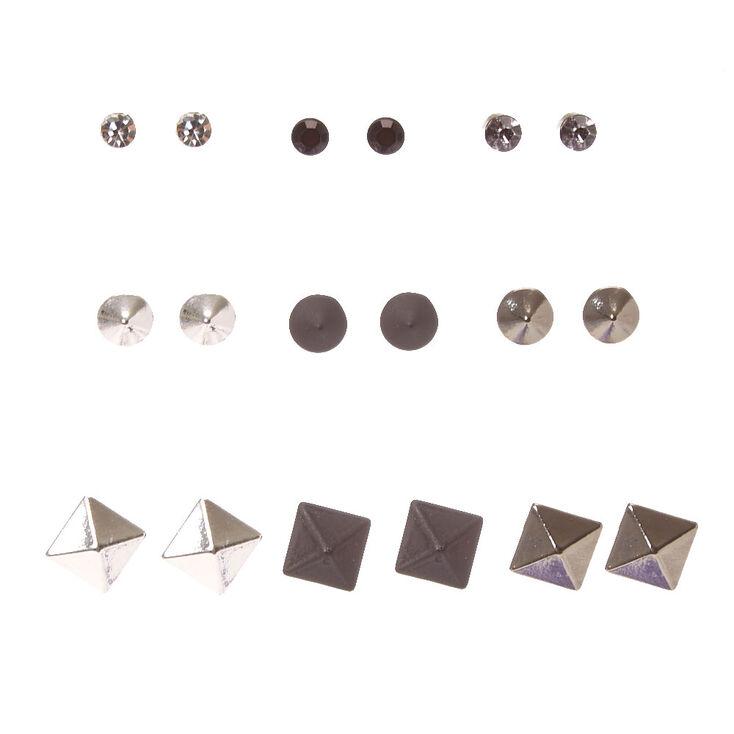 Clous d'oreilles mats, métalliques et décalés,
