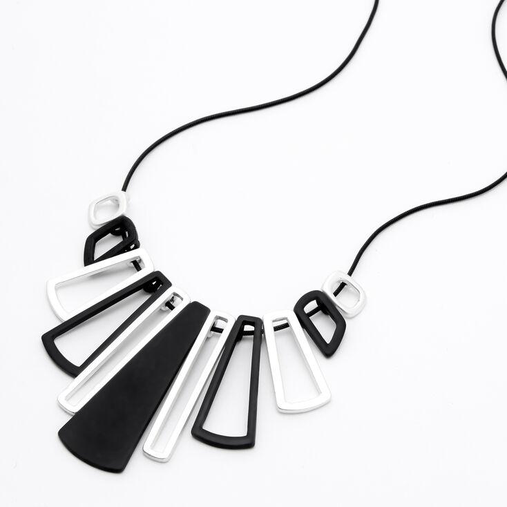 Collier de caractère touches de piano noir et couleur argentée,