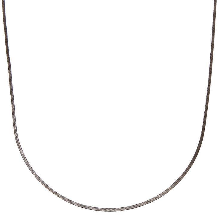 Collier de caractère simple et élégant couleur hématite,