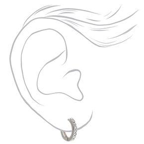 Boucles d'oreilles huggies ornementées 10mm couleur argentée,